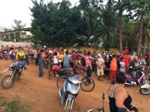 Foto: Paco Martins / Ocupantes do terreno localizado ao lado do conjunto residencial Cristo Vive.