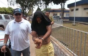 Foto: Paco Martins/Jorge dos Santos, acusado chegando na delegacia de polícia civil de Tucuruí