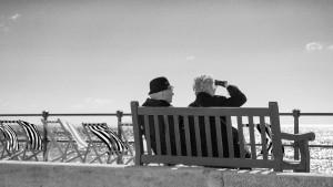 bench-1355620_1280