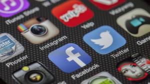 © Wikicommons/Zash236 Pensar que redes sociais criam oportunidades de socialização é uma ilusão, diz pesquisador