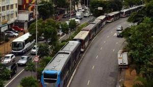 © image/jpeg São Paulo – Paralização dos motoristas de ônibus e cobradores, Avenida Nove de Julho, região central.