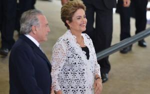 Fabio Rodrigues Pozzebom/Agência Brasil - 5.10.2015 Ministro Gilmar Mendes destinou quatro sessões para o julgamento da chapa Dilma-Temer na semana que vem Fonte: Último Segundo - iG @ http://ultimosegundo.ig.com.br/politica/2017-03-28/julgamento.html