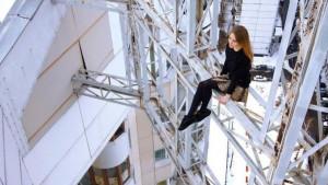 Filha de um trapezista russo, Angela Nikolau tem 400 mil seguidores no Instagram (Foto: Angela Nikolau)