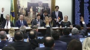 Reunião da Comissão Especial da Reforma Trabalhista, pauta que será votada nesta quarta na Câmara