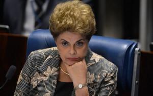 """Fabio Rodrigues Pozzebom/Agência Brasil A presidenta afastada Dilma Rousseff disse que jamais voltaria a governar com a ala do PMDB """"do mal"""" Fonte: Último Segundo - iG @ http://ultimosegundo.ig.com.br/politica/2017-04-17/golpe-impeachment.html"""