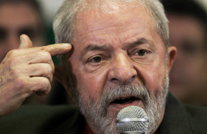Brazil's former President Luiz Inacio Lula da Silva talks to the journalists during a press conference in Sao Paulo, Brazil, September 15, 2016. REUTERS/Fernando Donasci          FOR EDITORIAL USE ONLY. NO RESALES. NO ARCHIVES.